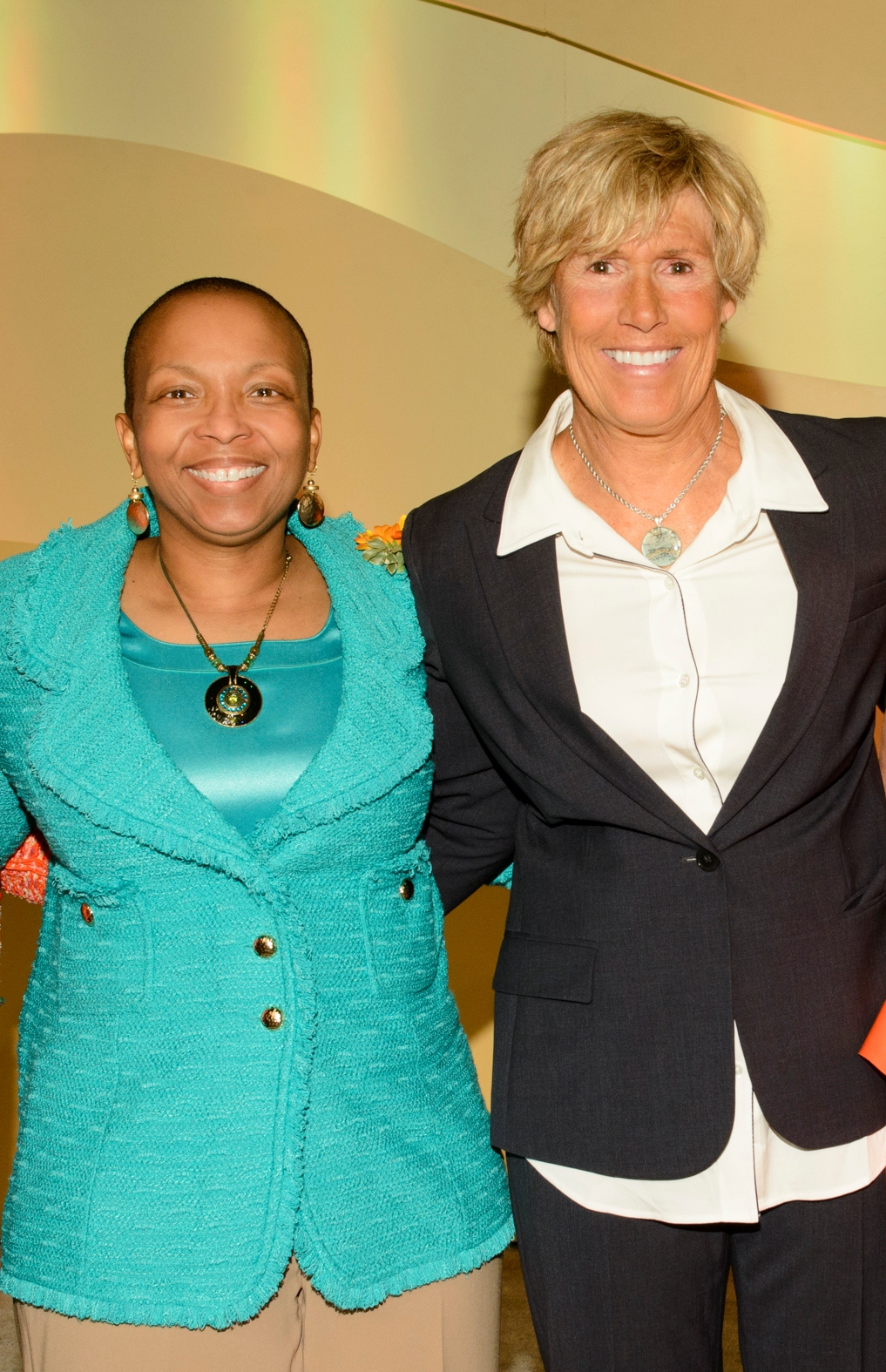 Diana Nyad and Linda Clement-Holmes at YWCA of Greater Cincinnati luncheon