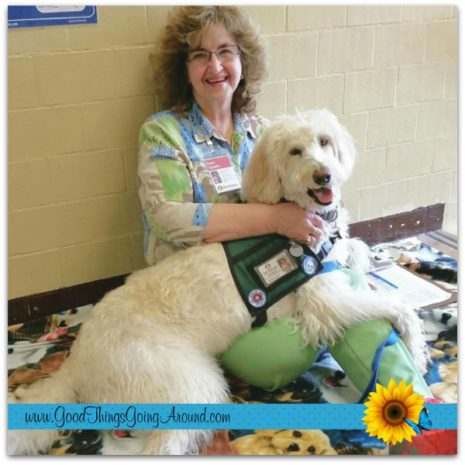 Karen Spradlin is an instructor and volunteer with Therapy Pets Greater Cincinnati